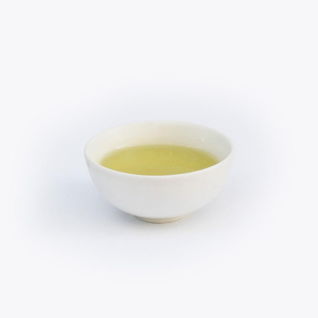 Chén trà sâm dứa