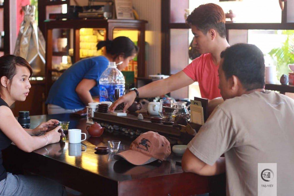 Đồi trà Ô Long Bảo Lộc - tiệm trà Bảo Lộc