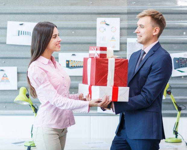 quà tết tặng khách hàng
